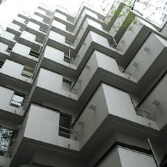 1974年竣工のビラ・モデルナ。ヴィンテージマンションの代表格です。