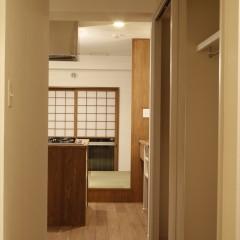 既存のキッチンがあった廊下部分にはクローゼットを作りました。