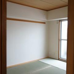 リビングのお隣は和室です。元の間取りをそのまま残しました。