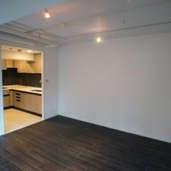 キッチンは独立式ですが、リビングからの出入りもしやすい位置にあります。