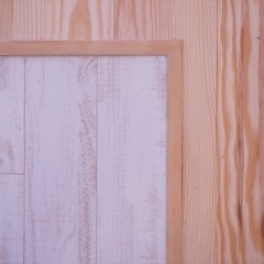 フローリング材です。白いヴィンテージ風の一角がキッチン部分。フロアタイルとは思えません。