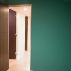 既存の床、ドアの色とも相性ばっちりです。