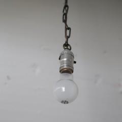 優しい明かりは施主様が選ばれたランプ。