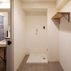 洗面台と場所を分け、ゆったりした広さが取れました。