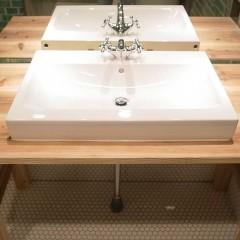 水洗もレトロな物を使用。
