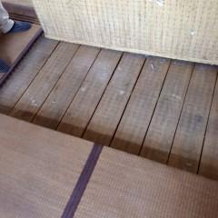 施工前③畳の下は杉板。再利用はできなので全て撤去します。