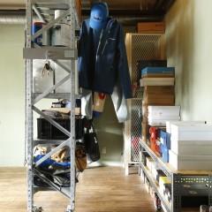 オープン棚はキャスター付きで可動できる。